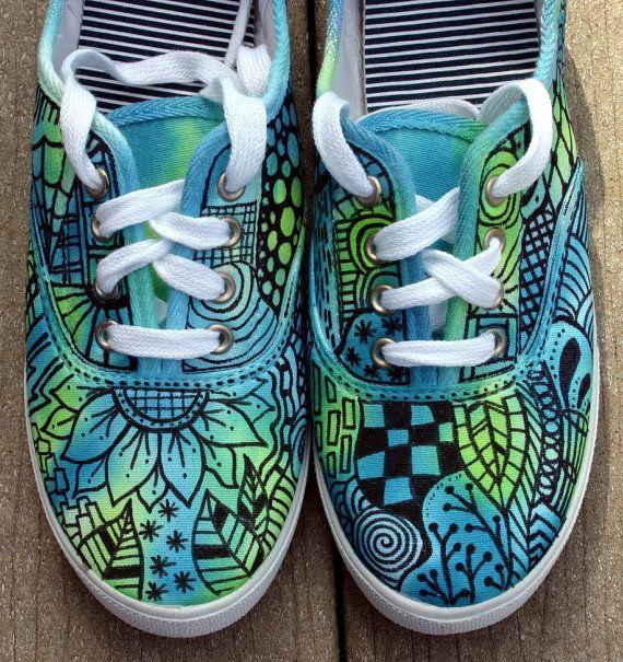 Zentangle espadrilles, chaussures, espadrilles, zentangle art, œuvres d'art originales, OOAK, baskets personnalisées, chaussures peintes à la main