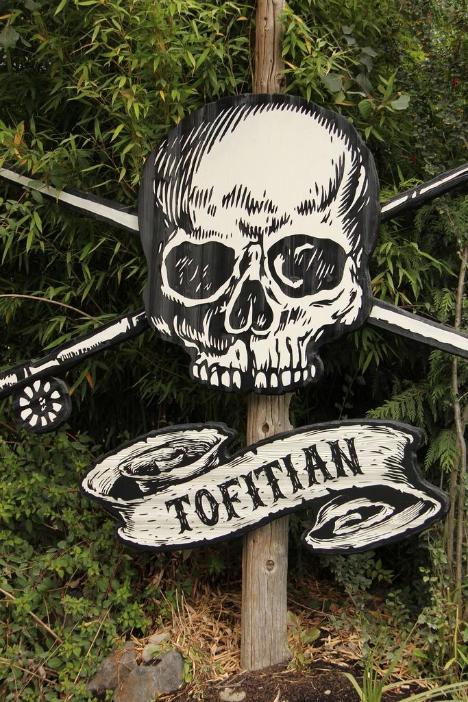 Tofitian, Tofino