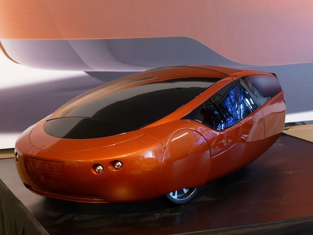 Exclusive Look At The Prototype of World's First 3-D Printed Car