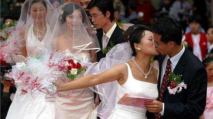 Γαμήλιες φωτογραφίες σε πυρηνικό εργοστάσιο στην Κίνα: Έναν διαφορετικό τρόπο επέλεξαν κάποιοι νεόνυμφοι για να απαθανατίσουν τον γαμο…