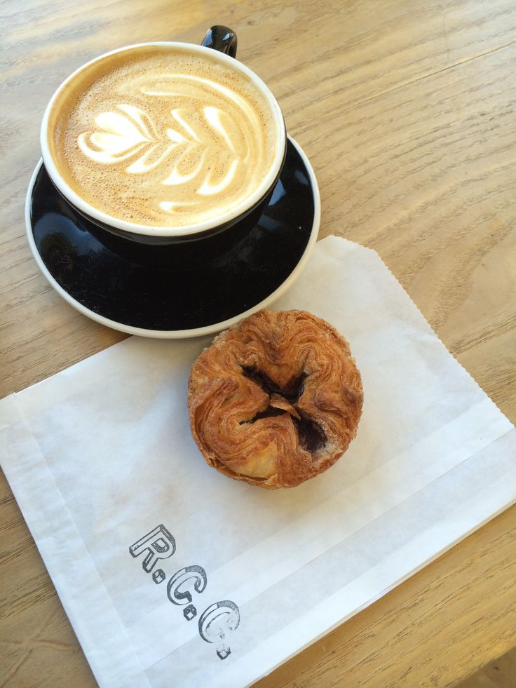 Latte with kouign amann :)