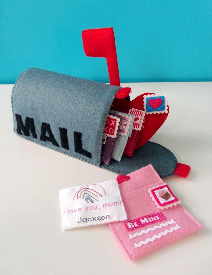 Felt Valentines Mailbox Playset « American Felt and Craft- The Blog