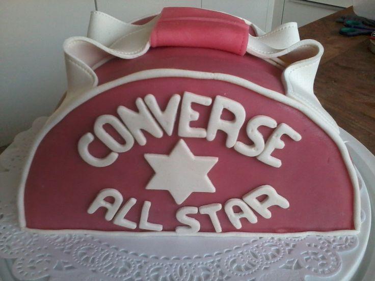 Taart van Converse