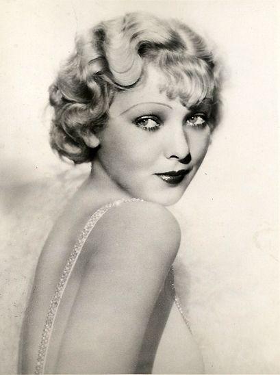 1000 id es sur le th me coiffures de 1930 sur pinterest maquillage des ann es 1930 coiffures - Maquillage annee 30 ...