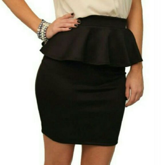 Black Peplum Skirt --Hot Alert-- Black Peplum skirt, size S  Also available in Coral Pink size S  Like new  Comes above knee  Please use offer button to make offer I only sell through poshmark  Thanks for looking! ?? Forever 21 Skirts Mini