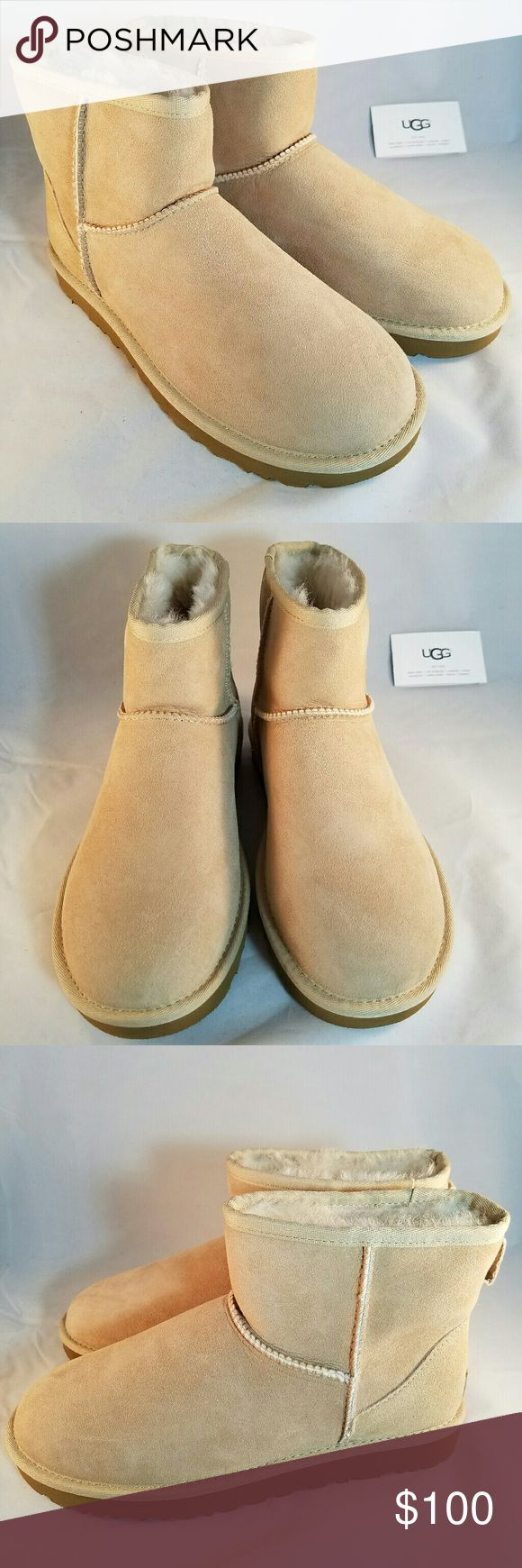 UGG Mini classic II Treadlite color: Sand The women's UGG Classic Mini II Boot is the perfect addition to your boots collection. This enhanced version of the Classic Mini Bootie is designed with Twinface Sheepskin uppers that are naturally soft, breathable, and regulate foot temperature in any weather condition. The pretreated Scotchgard technology allows for ultimate water and stain resistance, wicking away any moisture and keeping your feet dry. The updated Classic Mini II Boot is lined…
