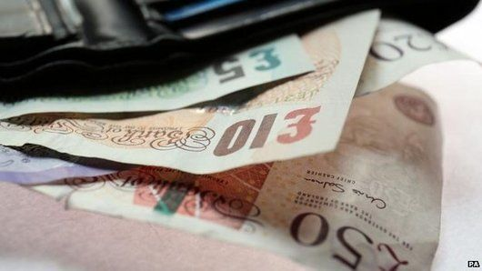 Borrowing and saving 'picking up'