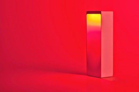 Cromatica (Digital Habits) Cromatica est une lampe intelligente qui se connecte en Bluetooth 4.0, équipée d'un haut-parleur Hi-Fi.  http://lecollectif.orange.fr/articles/a-la-recherche-de-lenceinte-ideale/