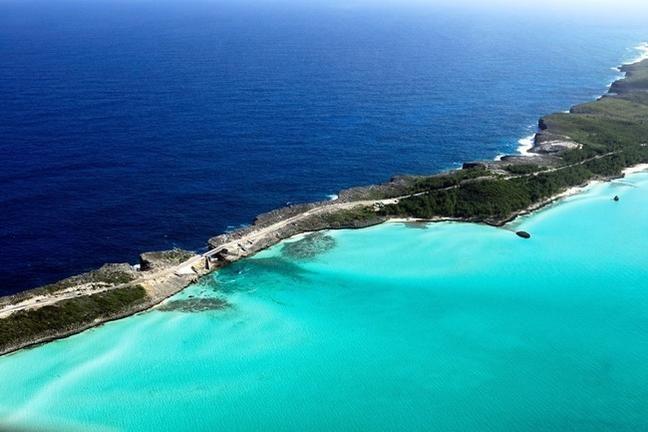 Így találkozik az Atlanti-óceán és a Karib-tenger (Bahamák)