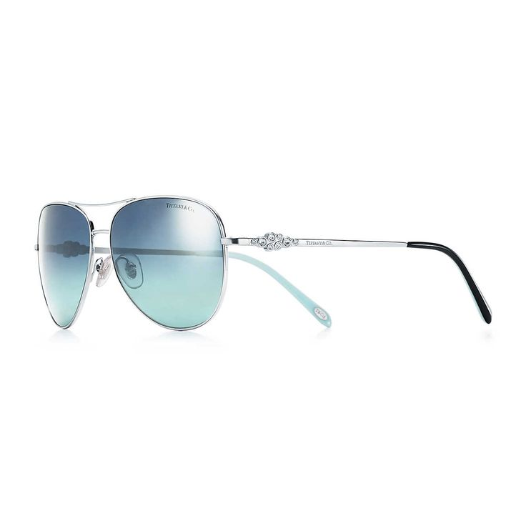 Tiffany Cobblestone aviator sunglasses in silver-colored metal and acetate.