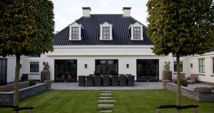 Klassiek, stijlvol en toch modern. Dat is de Notariswoning van Groothuisbouw Emmeloord.