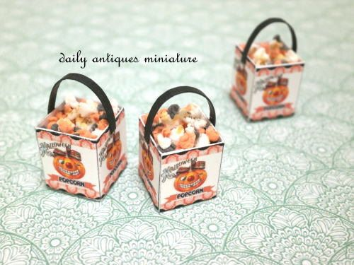 Halloween popcorn! | by daily_antiques_miniature