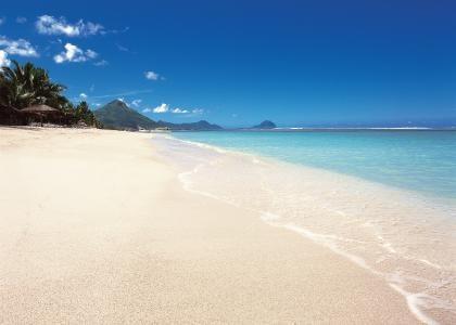 Sugar Beach Resort, Mauritius. Holiday Cafe holidaycafe@travelbyarrangement.com www.holidaycafe.co.za 011 794 4900