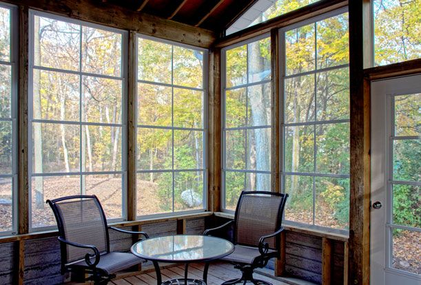 Black Creek Ravine House - Forest view from the screened-in porch.