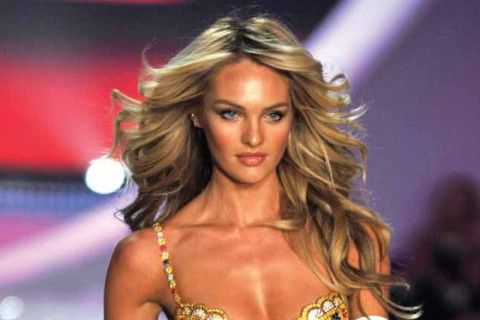 Victoria's Secret model. Learn how look like her >>> http://justbestylish.com/how-to-get-victorias-secret-hair/