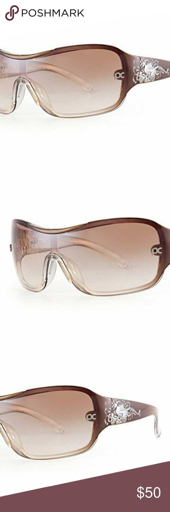 Sundog Paula Creamer Iconic golf sunglasses 493002 Brown gold fade, gradient brown lens, Polycarbonate 100% UVA/UVB protection  with Max flex Rilsan. Sells for $103 on eBay, $60 on Amazon  NWOT sundog Accessories Sunglasses