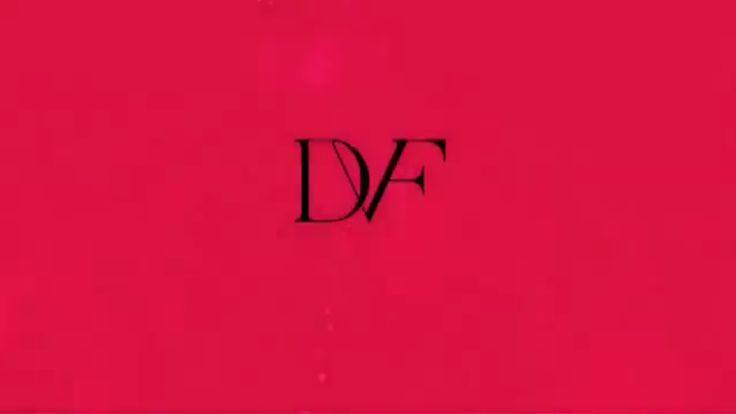 Диана фон Фюрстенберг показала горох и 70-ые на неделе моды в Нью-Йорке / Diane von Furstenberg presented the 70-s fashion and polka dots at the New York Fashion Week #fw #fw2015 #nyfw #dvf #dianevonfurstenberg #70s #collants #poix #fashionista #collection #seduction #seductive #newyorkfashionweek #fashionshow #fallwinter #коллекция #дианафонфюрстенберг #колготки #горох #горошек #мода #fashion #style #polka #dot #inspiration #стиль #неделямоды #осеньзима #2015