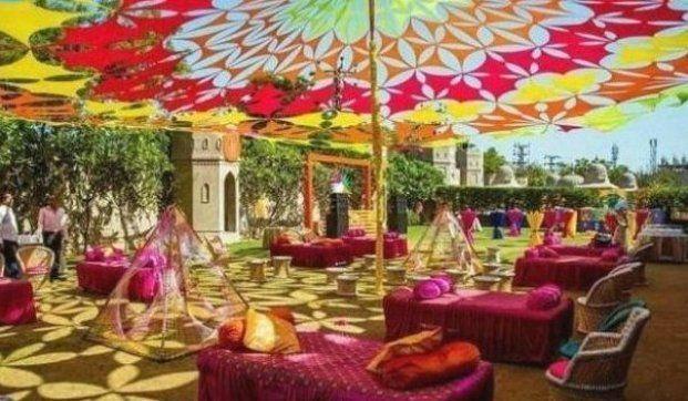6 New Tent Ideas For Your Mehendi Or Haldi Decor WedMeGood ...