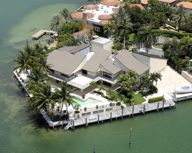 Exotic Islands For Sale With Mansions Key Biscayne