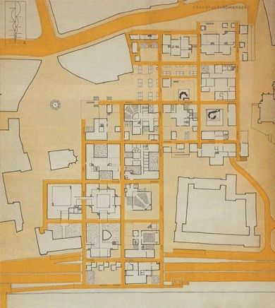 casablanca critique essay The following analysis reveals a comprehensive look at the storyform for casablancaunlike most of the analysis found here—which simply lists the unique individual story appreciations—this in-depth study details the actual encoding for each structural item.