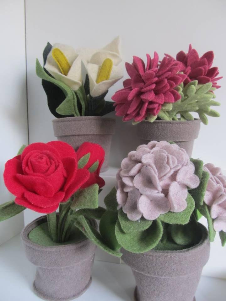 Vasi di fiori in feltro di lana