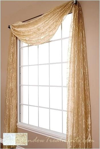 Hang Sheer Curtains Pictures Of Diffe Ways To Unbelievable Images Scarf Swag Window Topper How Without
