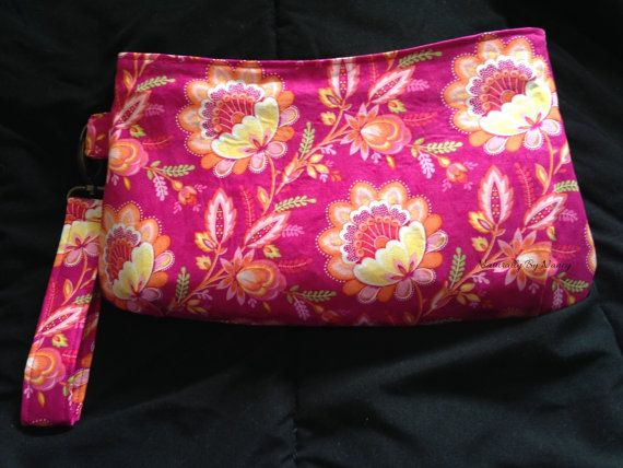 Perfect size pouch for a make-up bag or a toiletries bag that even comes with a carrying strap that matches.