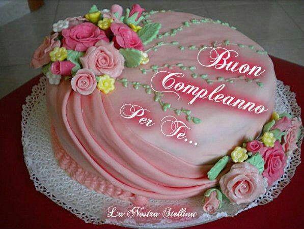 Laura Apple Cake