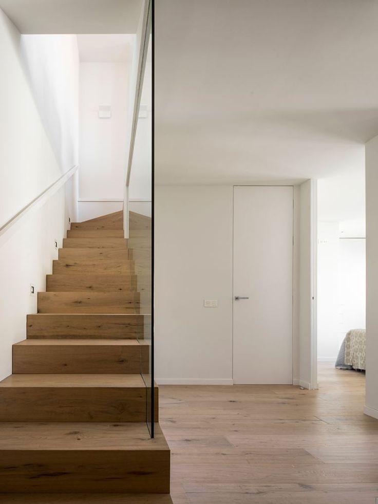 Schöne Treppe und schöner Übergang von Parkett zu Treppe Ideen - ideen moderne designtreppen individuellen wohnstil