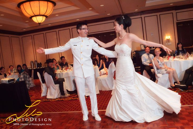 Another example of the first dance with elegance and style. See more samples at; lilophotodesign.ca