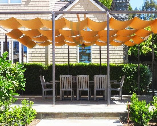 Billowing Retractable Folding Awning