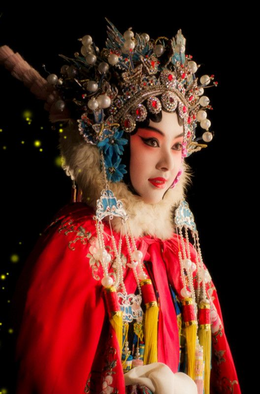 welcome to peking opera Click here to learn more about the zhengyici peking opera theatre » the city is home to a variety of stunning destinations like fragrant hills park, an imperial garden composed of nearly 395 acres of forests, hills, lakes, and cultural relics.