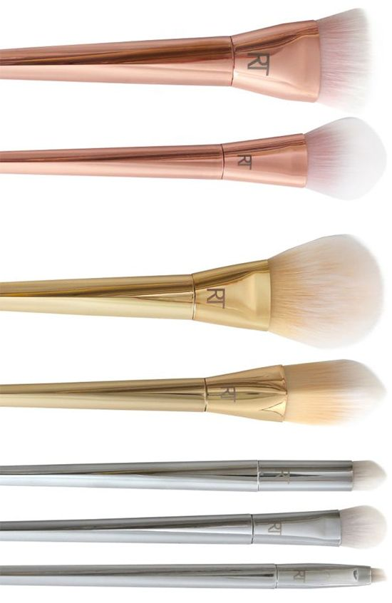 The Bold Metals Collection by Real Techniques pairs unbelievably soft bristles with striking metallic detail.