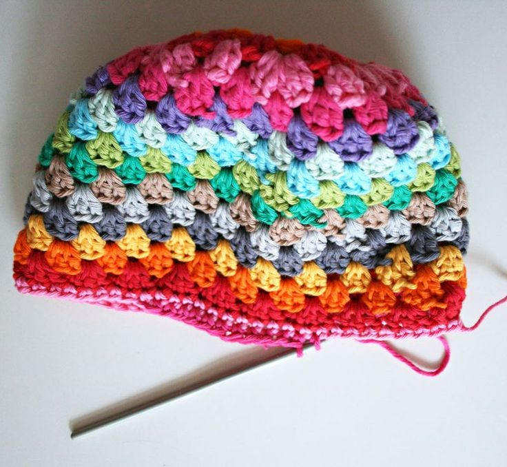 Love this hat...and the blogger who wrote the pattern has the BEST step by step directions!