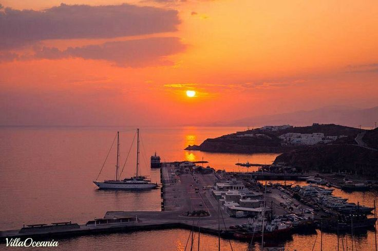 #MagnificentSunset ,#lovely #mysterious silence at amazing Mykonos !!!!