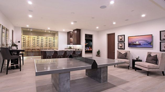 Not all of us are blessed with a basement in our homes but if you have one, can you tell us how your basement looks like? Sometimes, it is really hard to decorate a basement especially if you think you…
