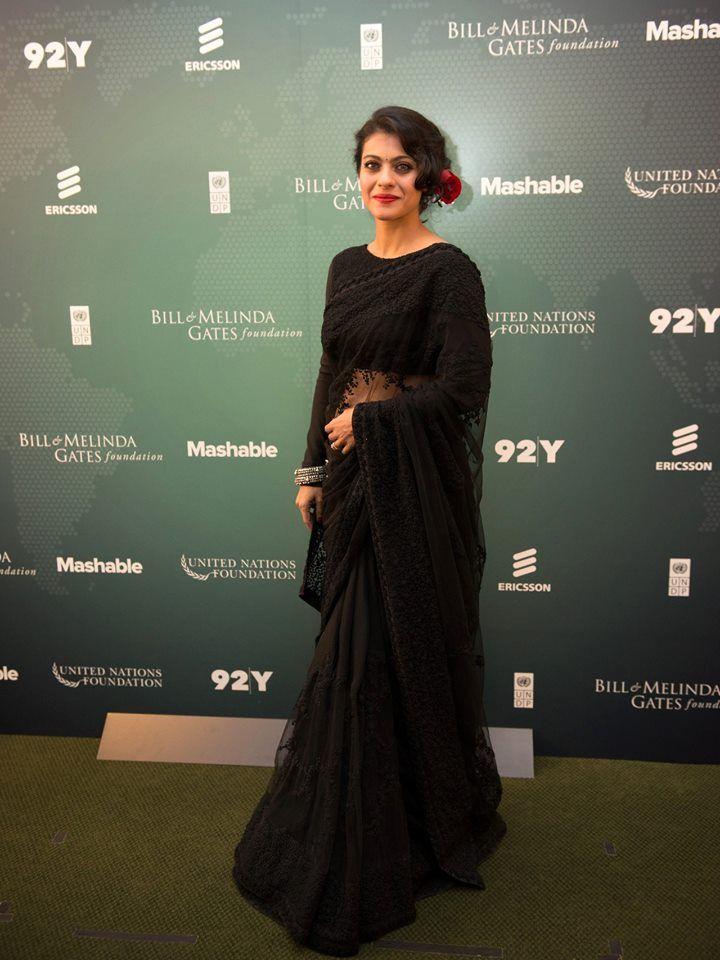 Kajol #gorgeous #sabyasachi #blacksari #redlips #elegant