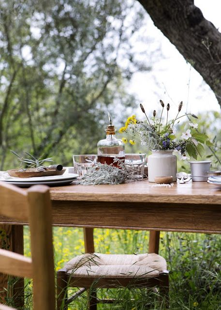 The Rustic Bohemian Eating outdoors