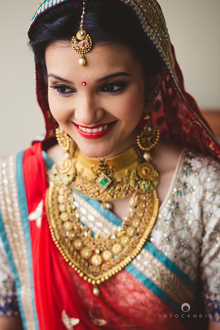 About nath nose ring mukku pudaka on pinterest jewellery gold nose - Gold Bridal Necklace Set