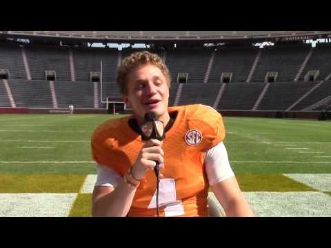 #VolReport: Karaoke - Rocky Top Style - YouTube Jalen Hurd cracks me up!!!