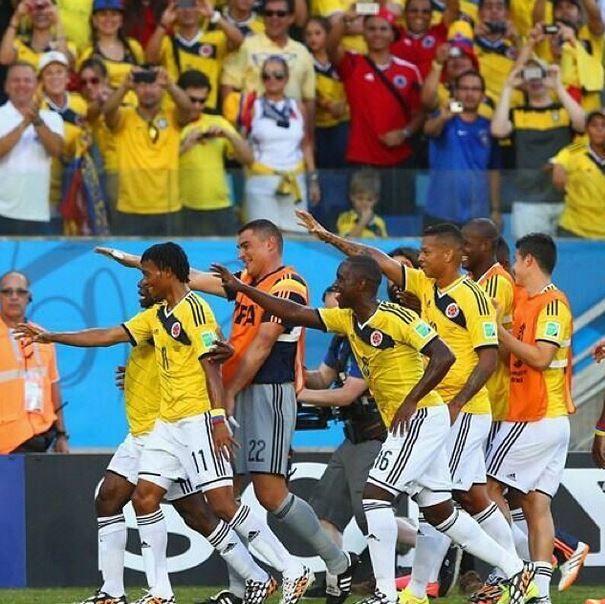 Nuestros muchachos #seleccioncolombia lo mejor de lo mejor Graciassssss ❤️