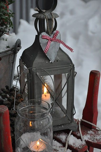 76 Wonderful Scandinavian Christmas Decorating Ideas : 76 Inspiring Scandinavian Christmas Decorating With Wooden Glass Candle Box