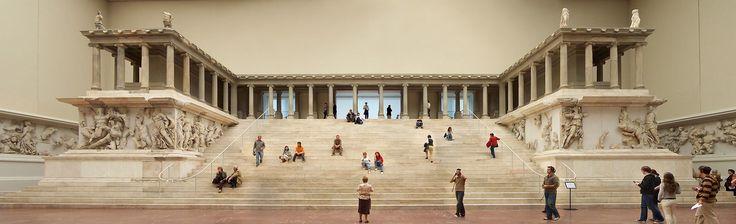 Datei:Berlin - Pergamonmuseum - Altar 01.jpg