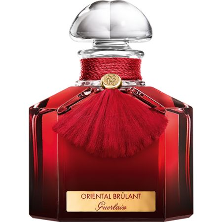 An angelic alchemy that is fresh, smooth and warm for a sensitive dreamer. A floral bouquet that is demure in appearance only: orange blossom, the symbol of