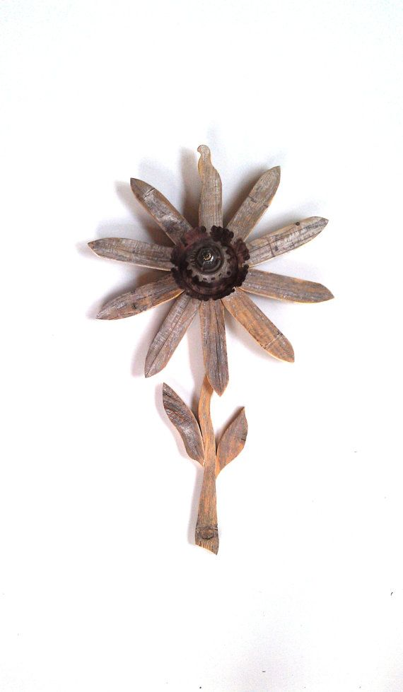Reclaimed wood flower rustic wall decor rusty by for Flower garden ornaments