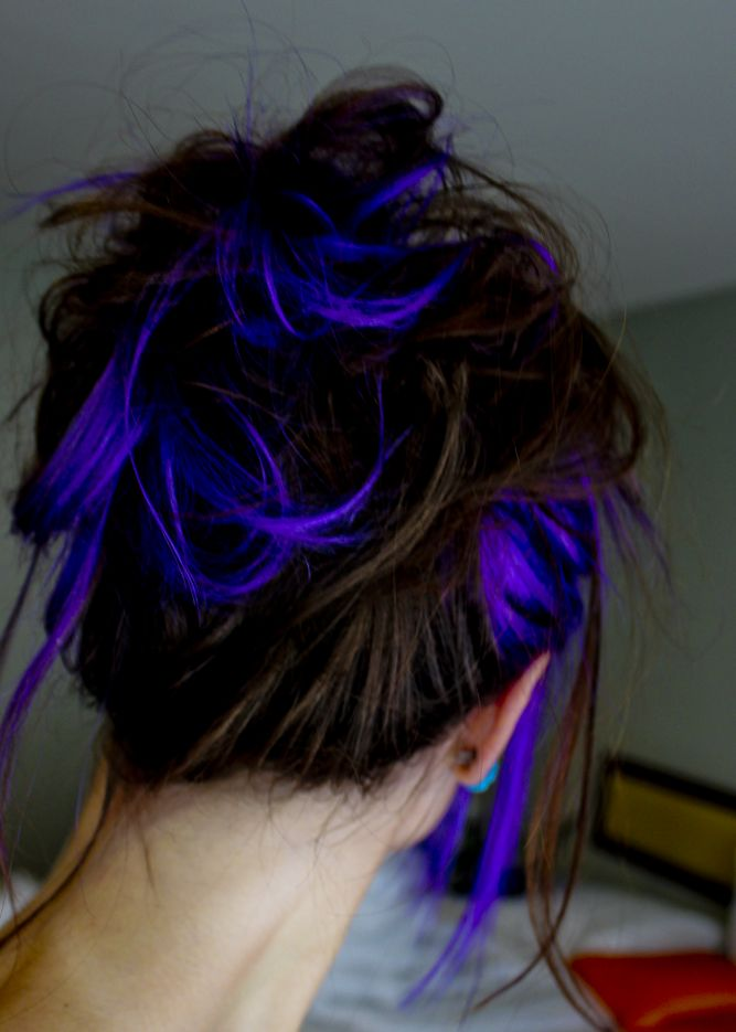 gorgeous! love the little pops of color as opposed to a full head of blue hair