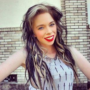 grav3yardgirl | YouTuber grav3yardgirl