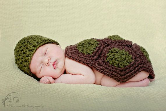 Baby Turtle Costume and Photography Prop for Newborns / Turtle Photo Prop / Newborn Turtle Hat via Etsy