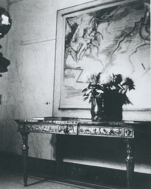 Mural depicting Elsie de Wolfe in the entrance hall of Villa Trianon; painted by Drian.