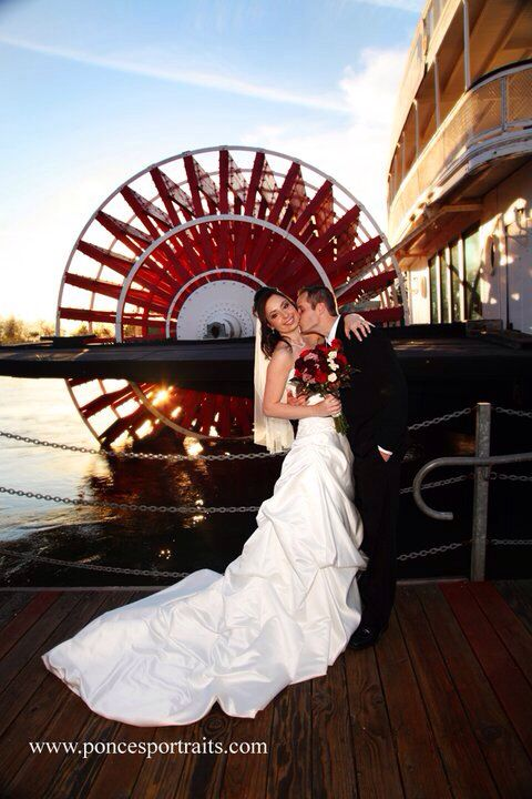 Love this photo on @Delta King Old Sacramento Wedding taken by @Lonna Ponce Www.poncesportraits.com The Delta King Hotel and Lonna Ponce will be at the Dream Wedding Show on February 23. http://DreamWeddingShow.com